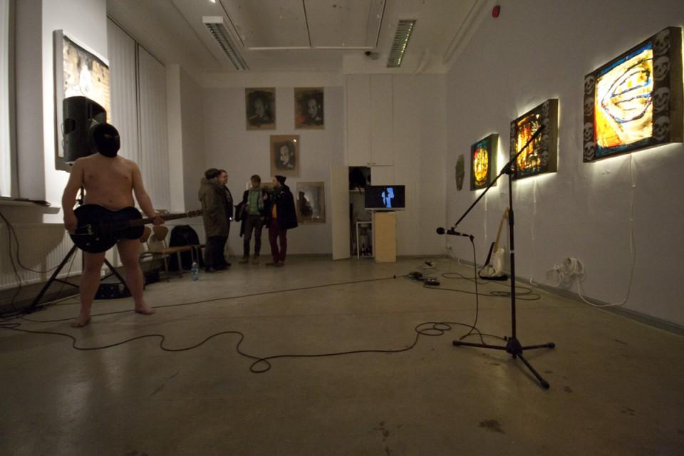 Kaader näituse avamiselt Foto: Indrek Grigor