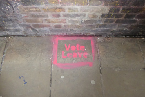 Referendumieelne grafiti Inglismaal. Foto: Duncan Cumming (CC BY-NC 2.0)