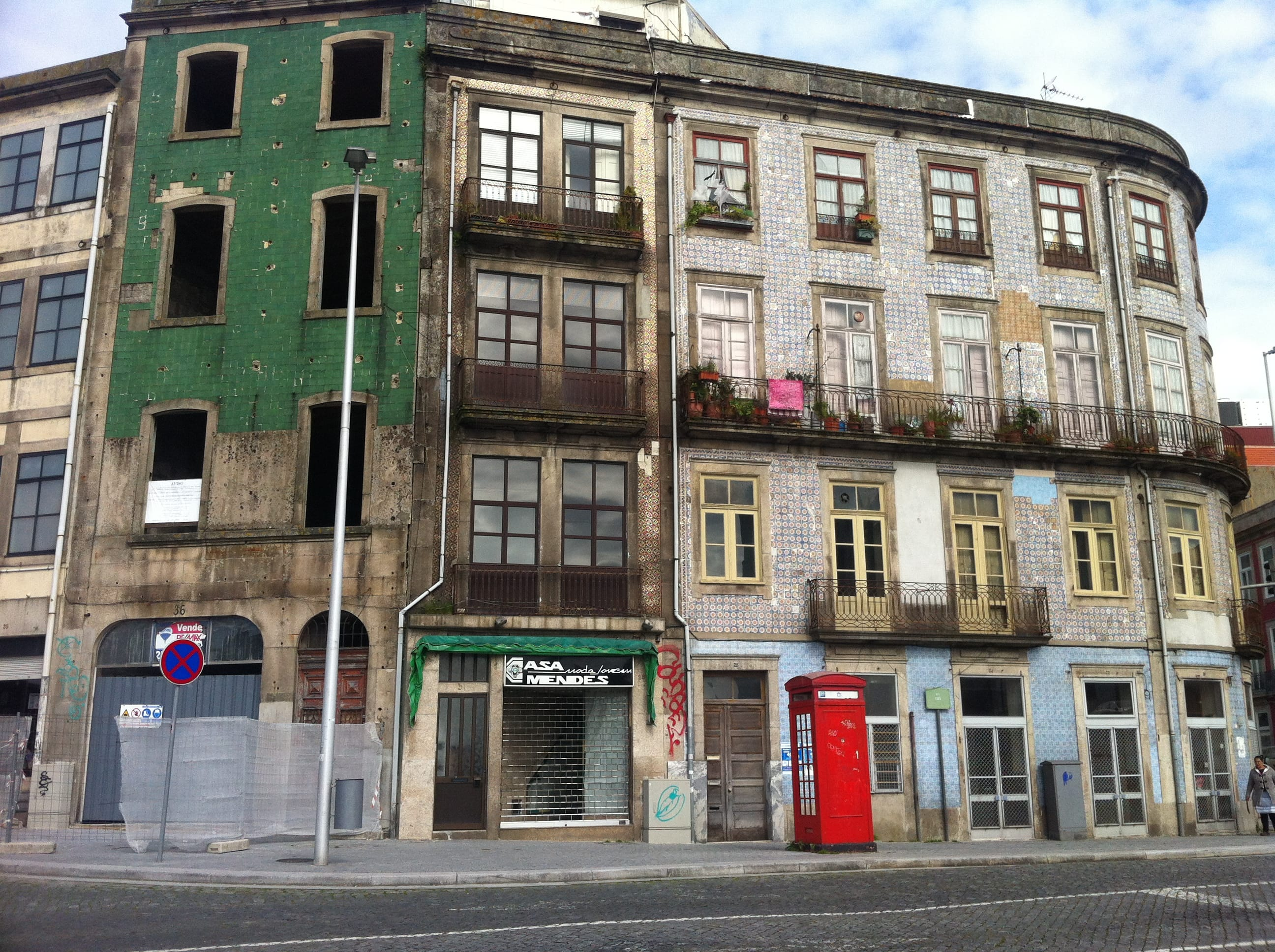Porto tänavanurk. Foto: Gregor Taul