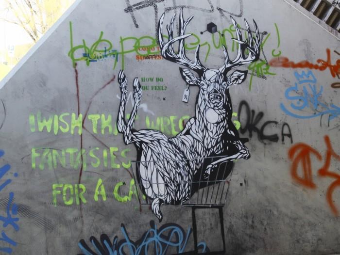 Kunstniku Ether Frolicsi töö Tartus. Foto: Stencibility